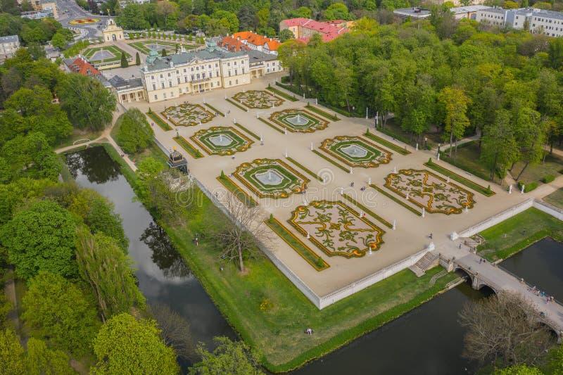 Flyg- sikt av den Branicki slotten i Bialystok arkivbilder