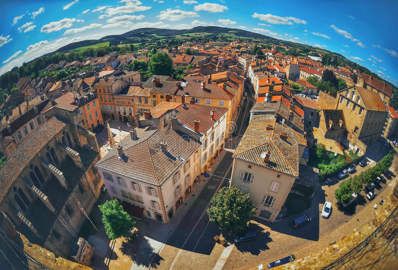 Flyg- sikt av den Cluny staden i Frankrike royaltyfria foton