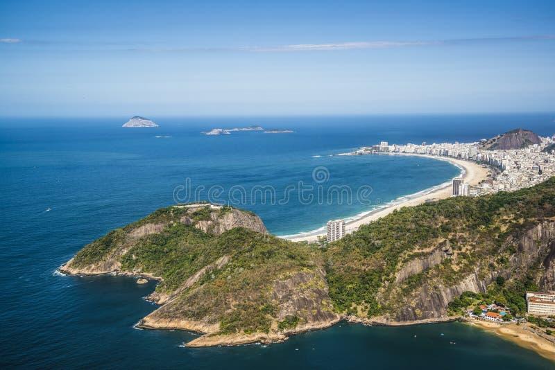 Flyg- sikt av den Copacabana stranden, Rio de Janeiro, Brasilien arkivfoto