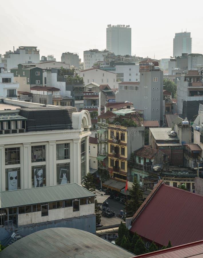 Flyg- sikt av den gamla fjärdedelen av Hanoi, Vietnam royaltyfria bilder