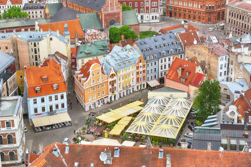 Flyg- sikt av den gamla Rigaen royaltyfri fotografi