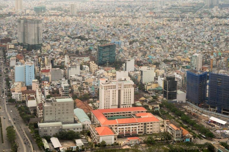 Flyg- sikt av den Ho Chi Minh City gamlan Saigon royaltyfria foton