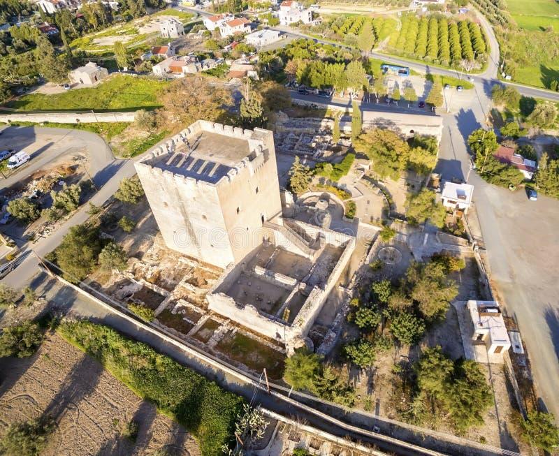 Flyg- sikt av den medeltida slotten av Kolossi, Limassol, Cypern fotografering för bildbyråer