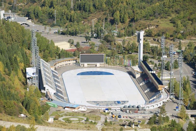 Flyg- sikt av den Medeo stadion i Almaty, Kasakhstan arkivbild
