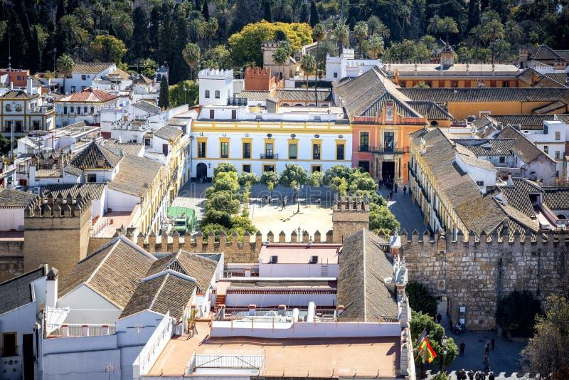 Flyg- sikt av den Seville staden från det Giralda domkyrkatornet, Seville Sevilla, Andalusia, sydliga Spanien royaltyfria bilder