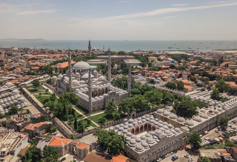 Flyg- sikt av den Suleymaniye moskén arkivbild