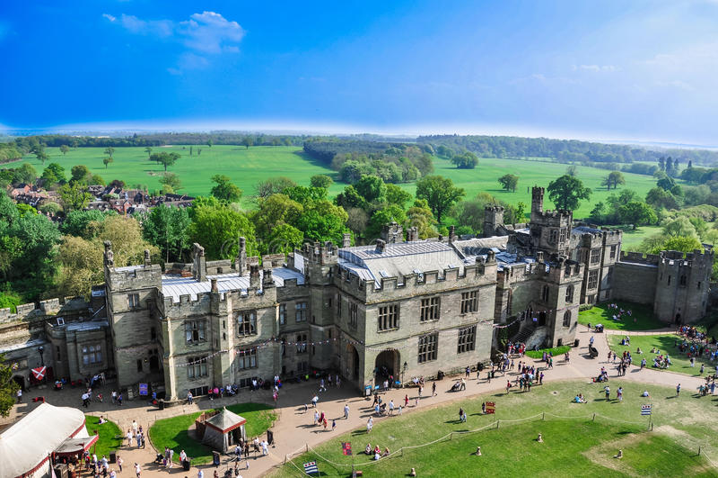 Flyg- sikt av det Warwick slottet royaltyfri foto