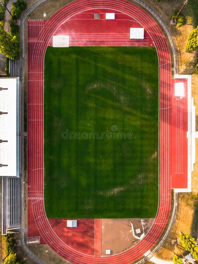 Flyg- sikt av ett fotbollfält royaltyfri fotografi