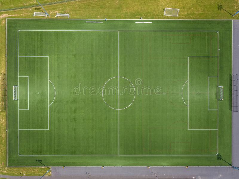 Flyg- sikt av fotbollfältet royaltyfria foton