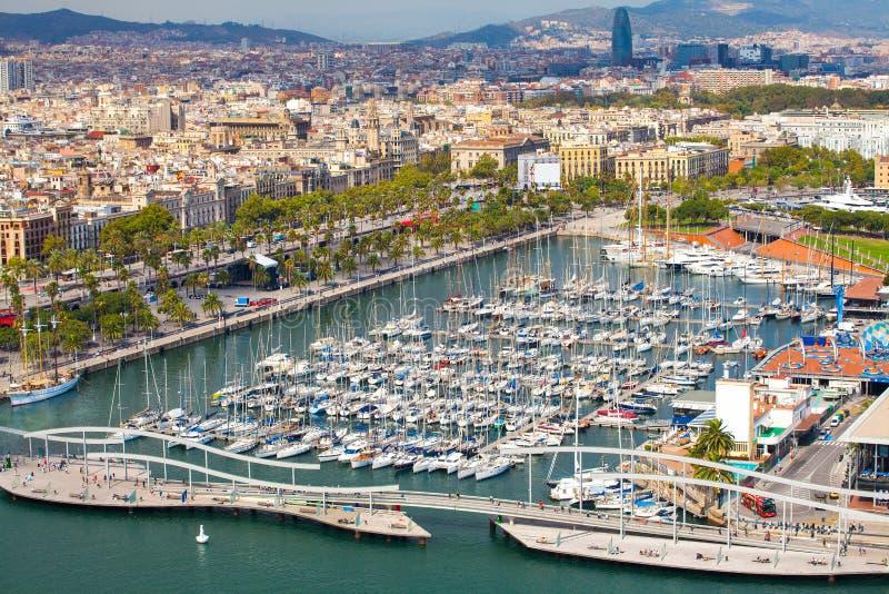 Flyg- sikt av hamnområdet i Barcelona, Spanien royaltyfri fotografi