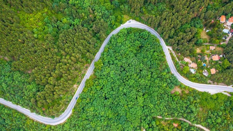 Flyg- sikt av ho för spolningsväg de täta träna fotografering för bildbyråer