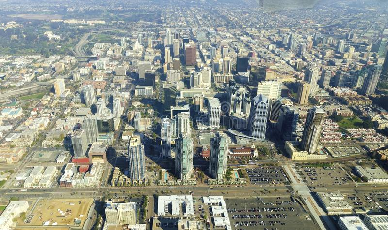 Flyg- sikt av i stadens centrum San Diego royaltyfria bilder