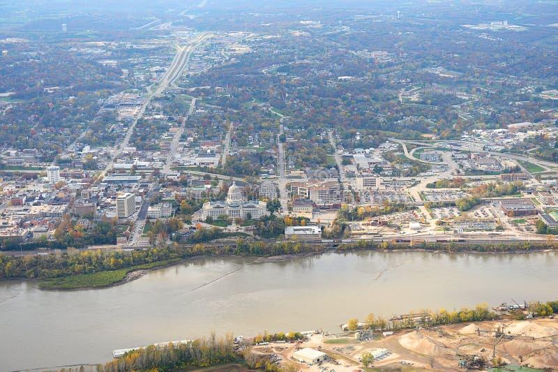 Flyg- sikt av Jefferson City Missouri royaltyfri foto