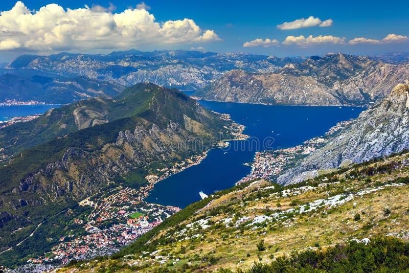 Flyg- sikt av Kotor, Boka Kotorska fjärd, Montenegro fotografering för bildbyråer