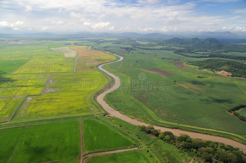 Flyg- sikt av lantgårdfält i Costa Rica fotografering för bildbyråer