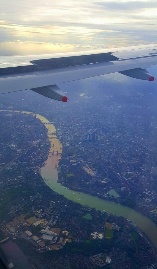 Flyg- sikt av London, England royaltyfri fotografi