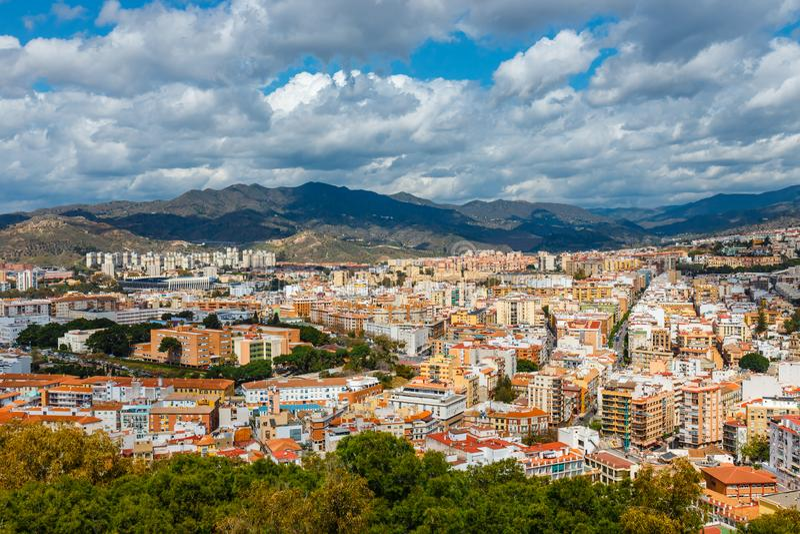 Flyg- sikt av Malaga i en härlig vårdag, Spanien arkivfoto