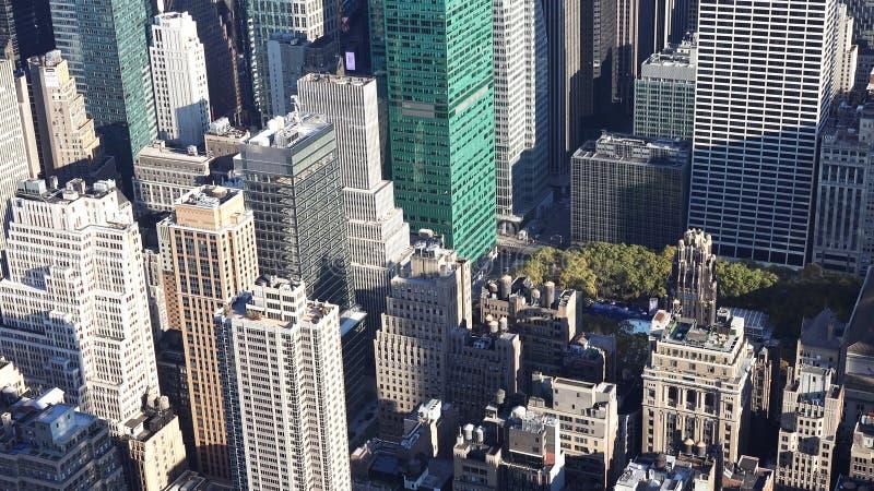 Flyg- sikt av manhattan/den flyg- sikten av skyskraporna av midtownen Manhattan New York City fotografering för bildbyråer