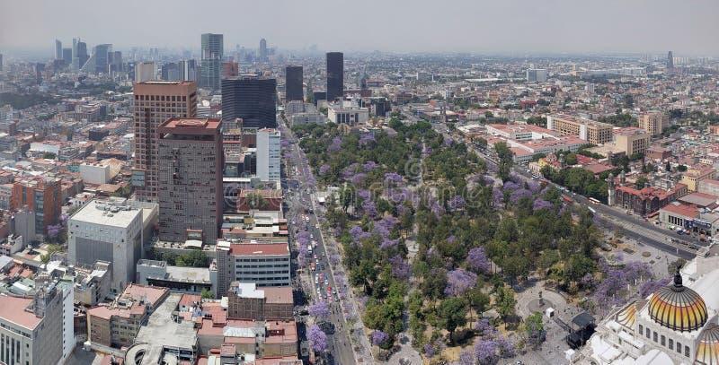 flyg- sikt av Mexico - stad i stads- zon royaltyfria foton