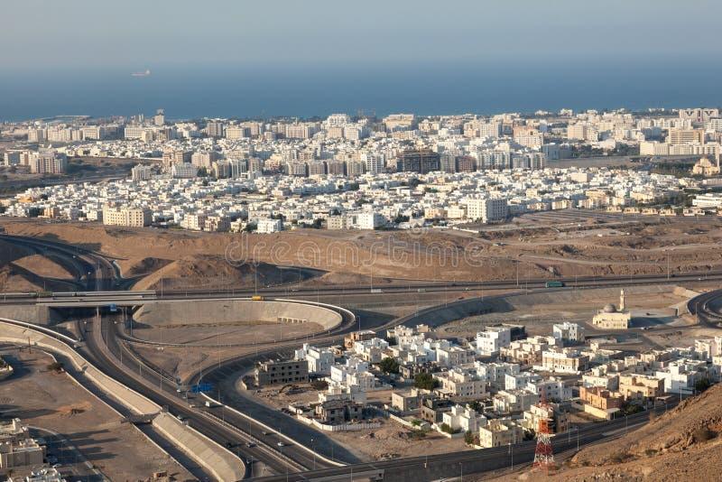 Flyg- sikt av Muscat, Oman arkivbilder