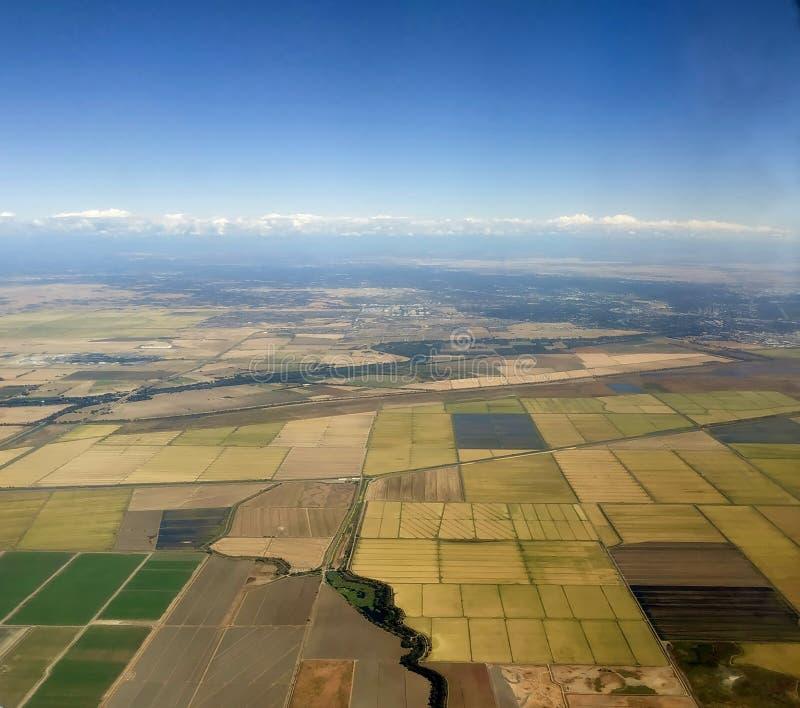Flyg- sikt av odlingsmark royaltyfri foto