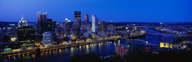 Flyg- sikt av Pittsburgh, PA-horisont arkivfoton