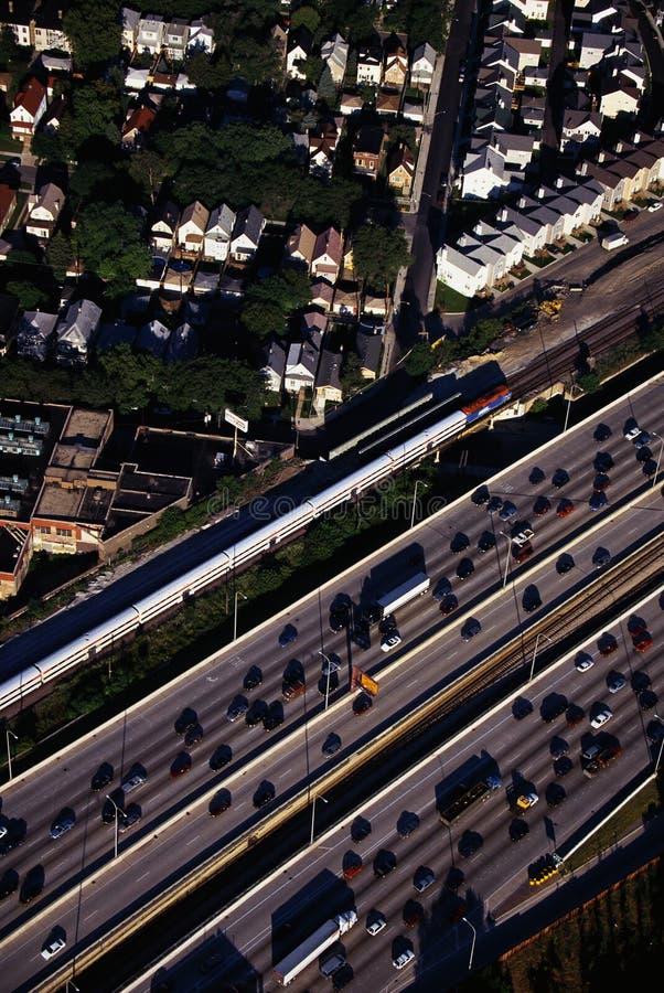 Flyg- sikt av rusningstidtrafik i Chicago, IL royaltyfria foton
