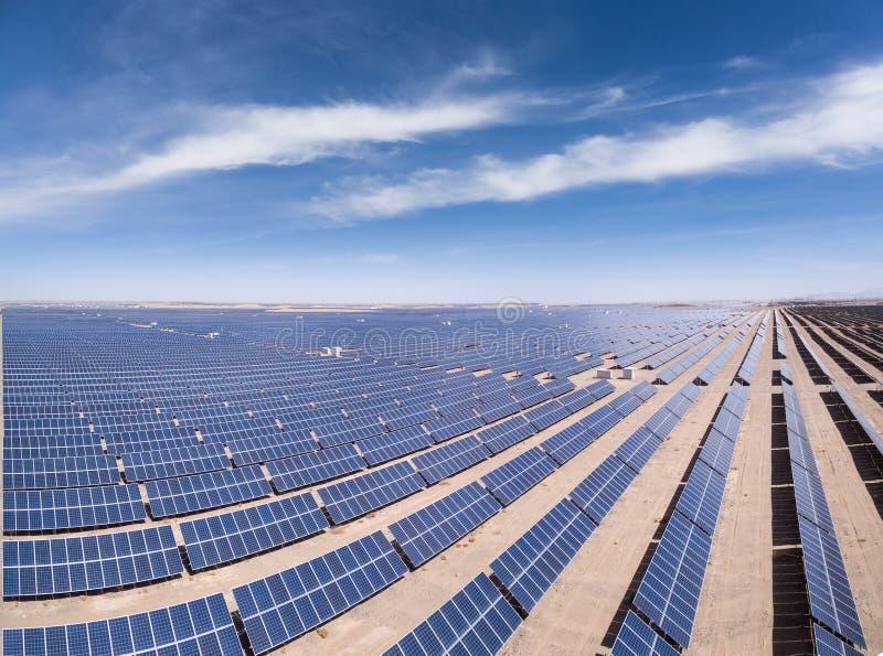 Flyg- sikt av sol- energi royaltyfria foton