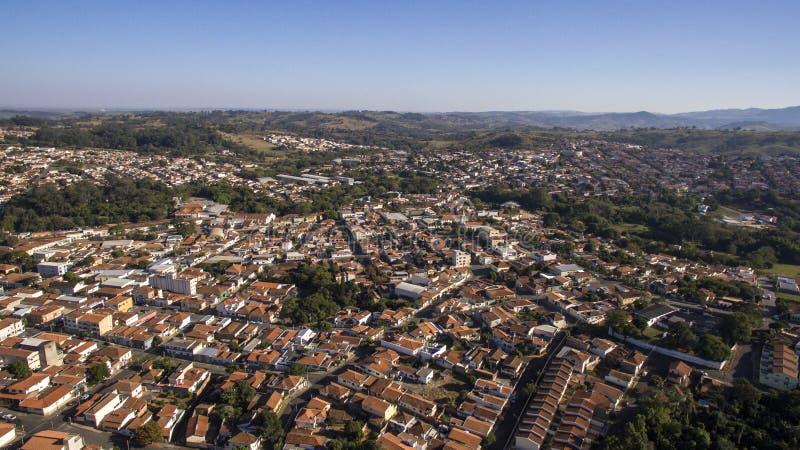 Flyg- sikt av staden av Sao Joao da Boa Vista i Sao Paulo st royaltyfri foto