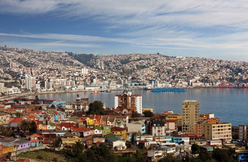 Flyg- sikt av staden av Valparaiso Chile royaltyfria bilder