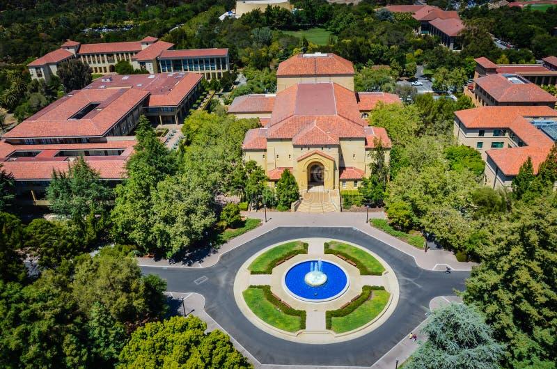 Flyg- sikt av Stanford University arkivbilder