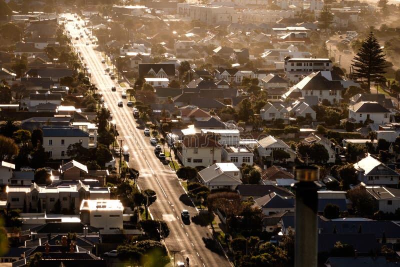 Flyg- sikt av vägen, trafik, hus och byggnader i Christchurch, Nya Zeeland royaltyfri fotografi