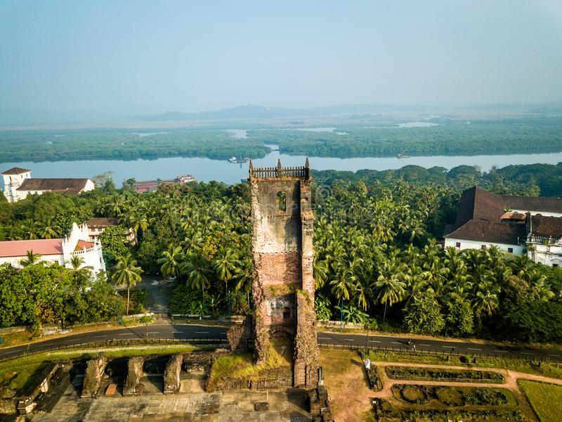 Flyg- sikt av Velha Goa i Goa Indien royaltyfri fotografi