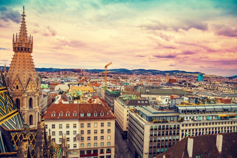 Flyg- sikt av Wien, Österrike arkivbilder