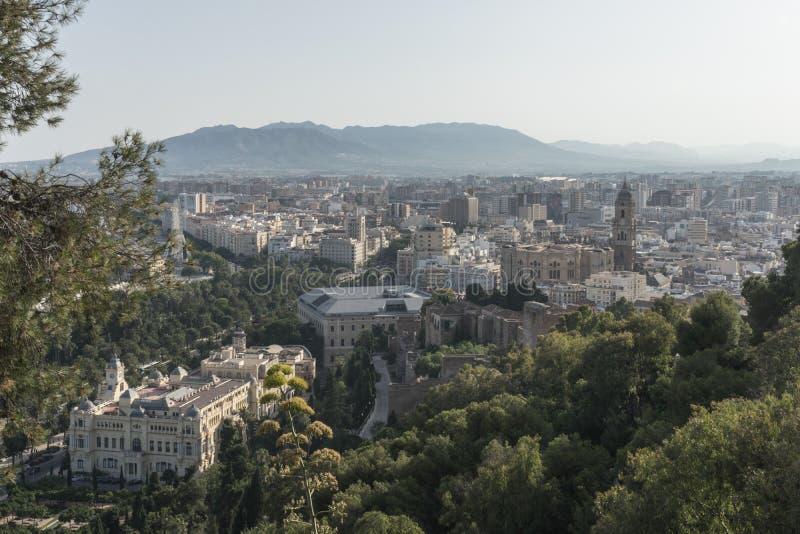 Flyg- sikt för Cityscape av Malaga, Spanien Domkyrkan av Malaga royaltyfri foto