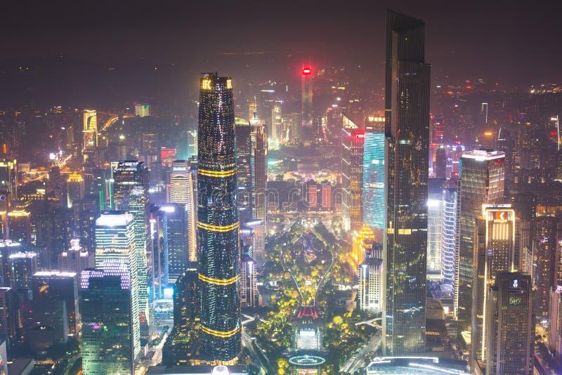 Flyg- sikt för härlig bred vinkelnatt av det finansiella området Guangzhou Zhujiang för ny stad, Guangdong, Kina med horisont och arkivfoton