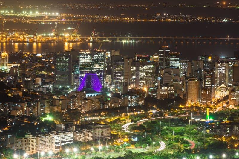 Flyg- sikt för natt av Centro, Lapa, Flamengo och Сathedral. Rio de Janeiro fotografering för bildbyråer