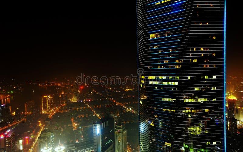 Flyg- sikt för Shanghai natt royaltyfri fotografi