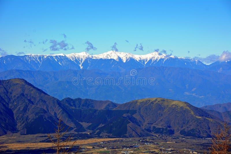 Flyg- sikt från Mount Fuji Morgonfors arkivfoton