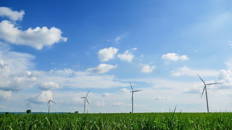 Flyg- sikt från turbinen för flygsurrvind på dagen royaltyfri foto