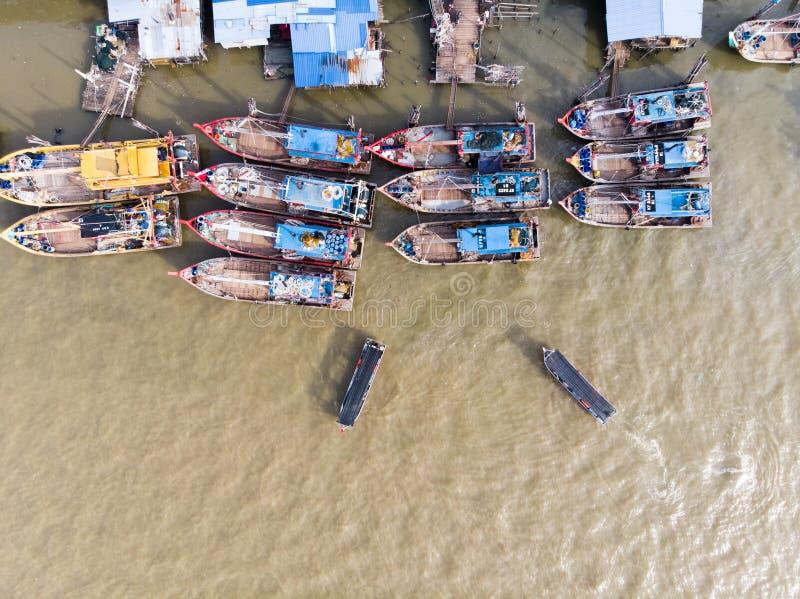 Flyg- sikt i fiskareby royaltyfria foton