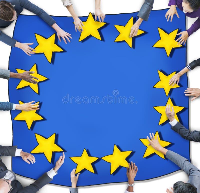 Flyg- sikt med affärsfolk och den europeiska fackliga flaggan stock illustrationer
