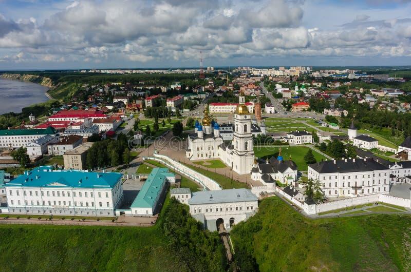 Flyg- sikt på den Tobolsk Kreml royaltyfri bild