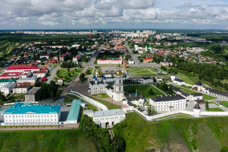 Flyg- sikt på den Tobolsk Kreml Ryssland royaltyfri foto