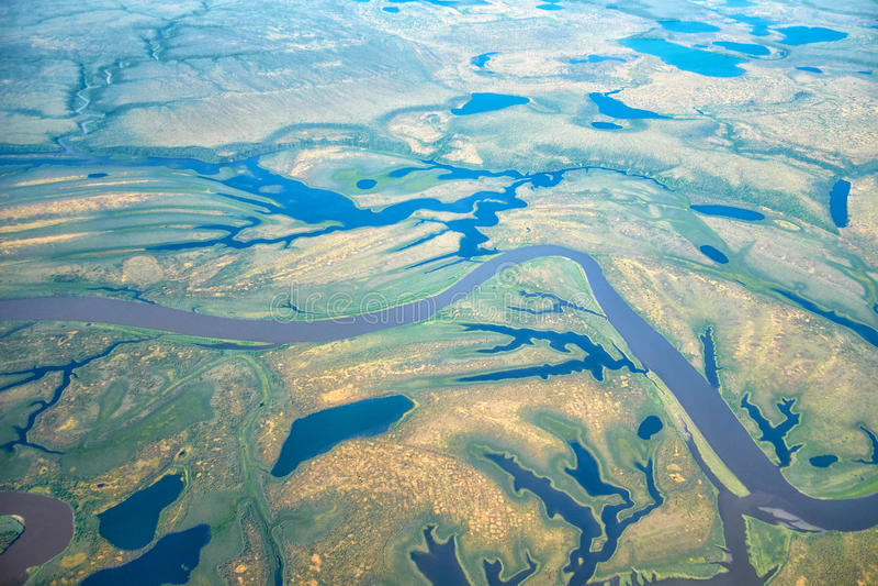 Flyg- sikt på norr Yakutia landskap arkivbilder