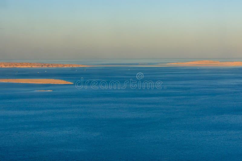Flyg- sikt på Röda havet från flygplanet royaltyfria foton