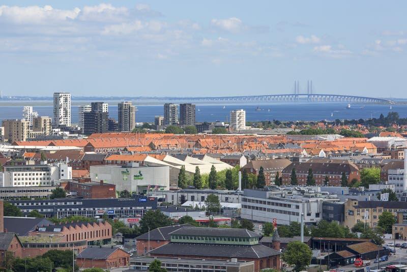 Flyg- sikt på staden, Oresund bro, Köpenhamn, Danmark arkivfoton
