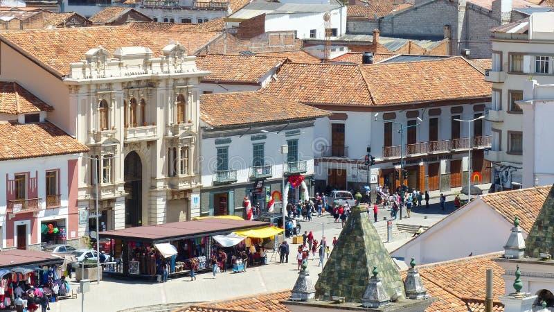 Flyg- sikt San Francisco Plaza, Cuenca, Ecuador royaltyfri fotografi