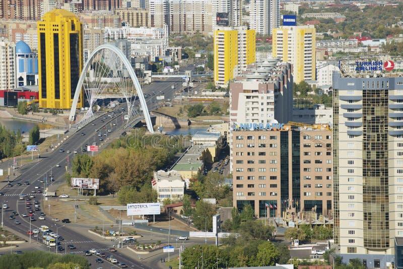 Flyg- sikt till Astana stadsbyggnader i Astana, Kasakhstan royaltyfri bild