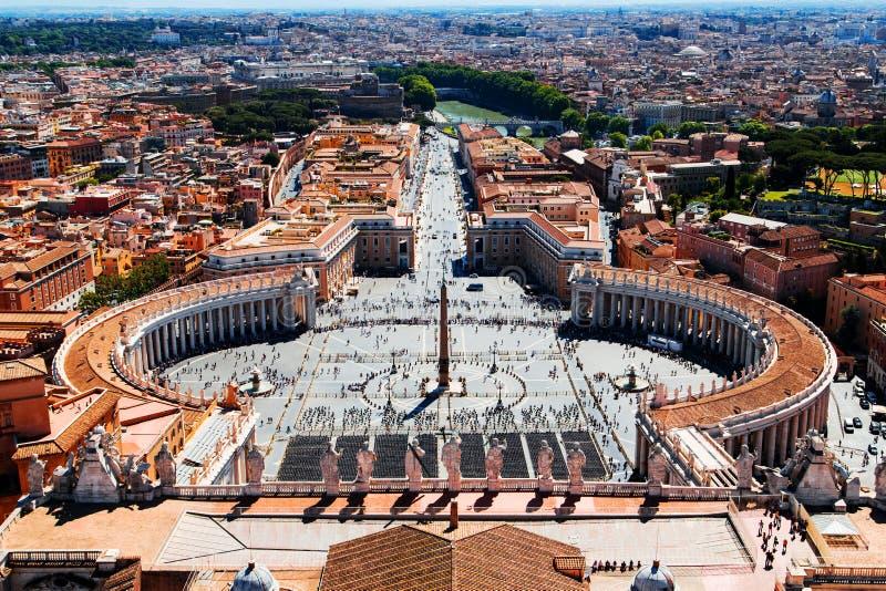 Flyg- sikt till Vatican City i Rome royaltyfria bilder
